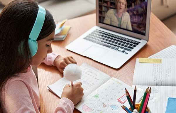 Najbolji laptopi za srednjoškolce i studente