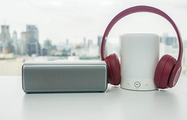 Uživajte u vremenu za sebe uz najnovije bluetooth slušalice s mikrofonom i zvučnike